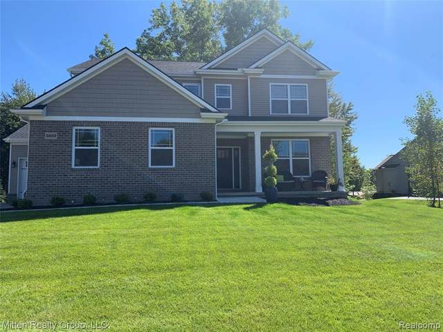 5822 Pond Hill Court, Genoa Twp, MI 48843 (#2200082587) :: BestMichiganHouses.com