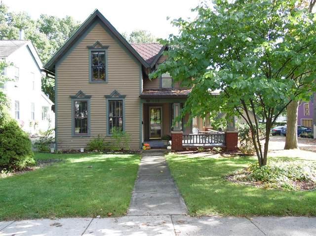 318 N Ann Arbor Street, Saline, MI 48176 (#543276800) :: Novak & Associates