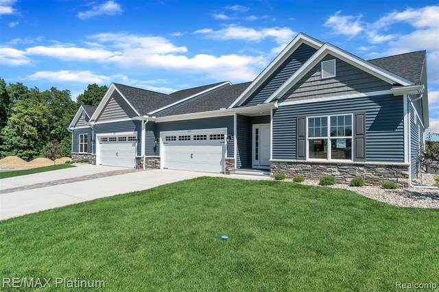 2769 Blue Sky Drive #32, Oceola Twp, MI 48843 (#2200082849) :: Alan Brown Group