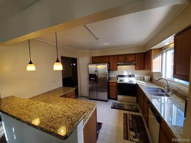 31539 Merriwood Park Drive #77, Livonia, MI 48152 (#2200083405) :: GK Real Estate Team