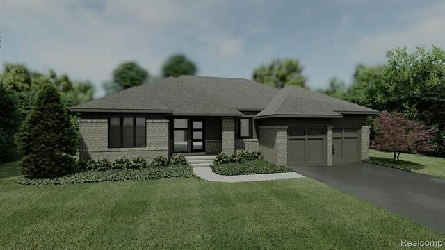 7319 Meadowlake Hills Drive, Bloomfield Twp, MI 48301 (#2200083812) :: GK Real Estate Team
