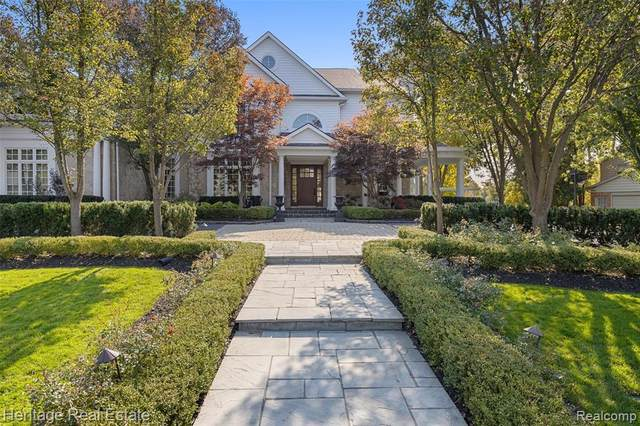 1981 Long Lake Shore Drive, Bloomfield Twp, MI 48302 (#2200083851) :: The Alex Nugent Team | Real Estate One