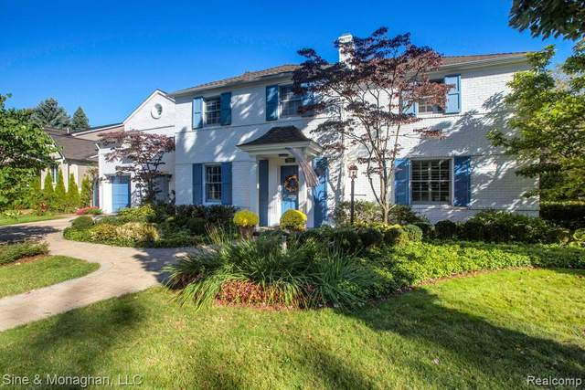 90 Sunningdale Drive, Village of Grosse Pointe Shores, MI 48236 (#2200084061) :: BestMichiganHouses.com