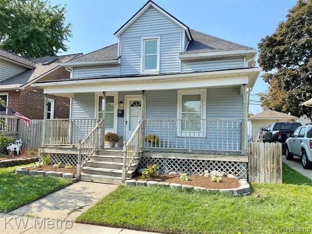 18794 Jefferson Avenue, Riverview, MI 48193 (#2200084433) :: BestMichiganHouses.com