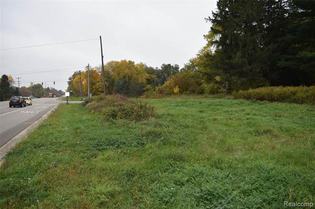 Parcel A Grand River Road, Handy Twp, MI 48836 (#2200084732) :: Robert E Smith Realty