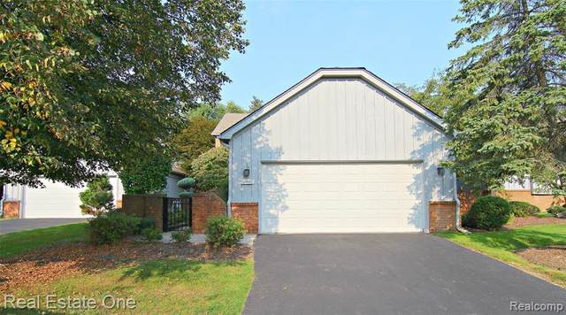 28610 Venice Court, Farmington Hills, MI 48334 (#2200085138) :: RE/MAX Nexus