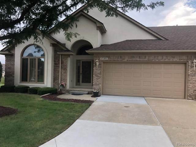 47356 Hunters Chase Drive, Macomb Twp, MI 48042 (#2200085376) :: RE/MAX Nexus