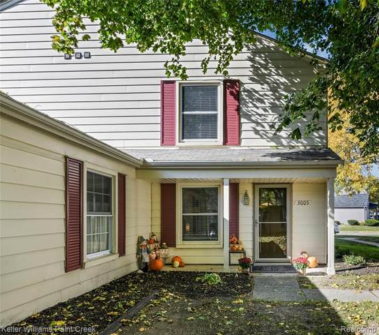3005 Maplewood Court, Orion Twp, MI 48360 (#2200085377) :: Alan Brown Group