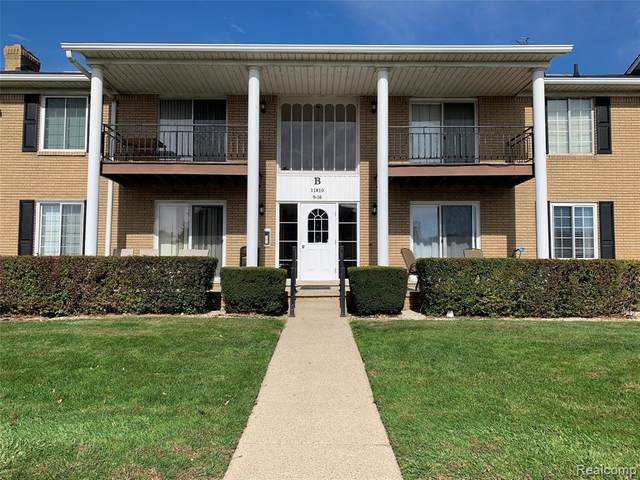 11810 15 MILE RD APT#B15, Sterling Heights, MI 48312 (#2200085624) :: NextHome Showcase