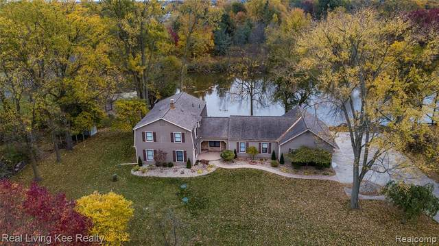 2602 Belle River Road, East China Twp, MI 48054 (MLS #2200085756) :: The John Wentworth Group