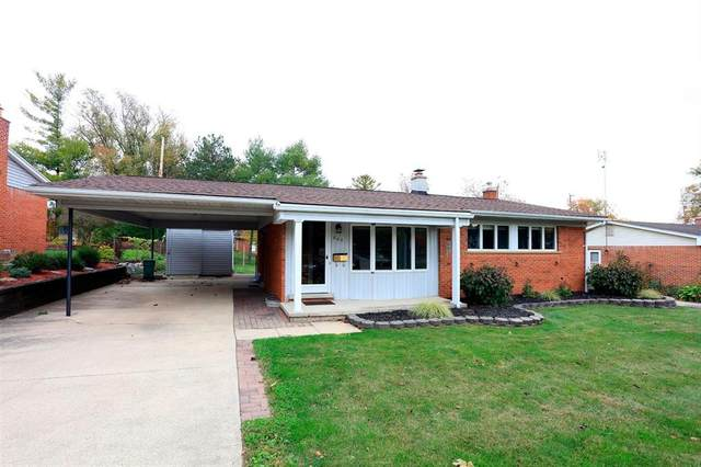 607 Crestwood Circle, Saline, MI 48176 (#543276960) :: Novak & Associates