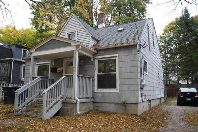 207 S Seventh Street, Ann Arbor, MI 48108 (MLS #543277044) :: The John Wentworth Group