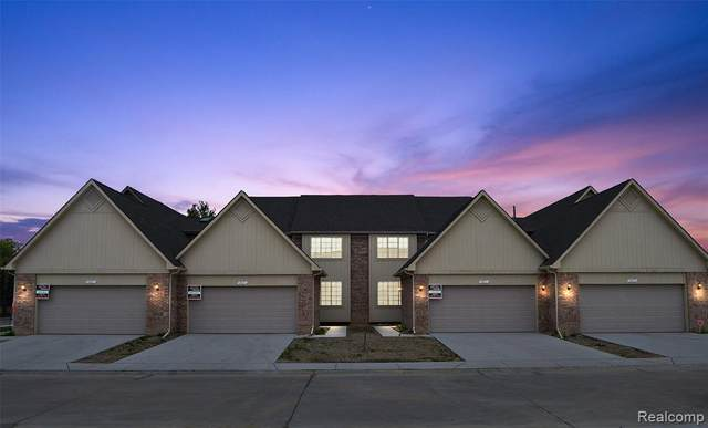 14831 E Stoney Brook Dr #30, Shelby Twp, MI 48315 (MLS #2200085880) :: The John Wentworth Group