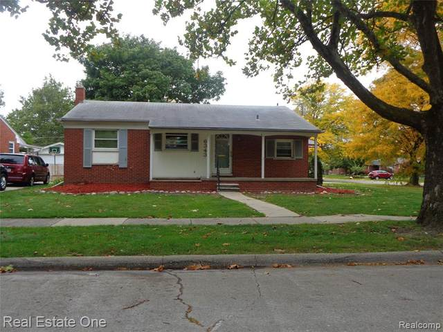 6343 Dwight Street, Dearborn Heights, MI 48127 (#2200085952) :: BestMichiganHouses.com
