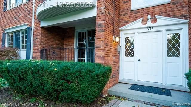 1761 Huntingwood Lane A, Bloomfield Hills, MI 48304 (#2200086304) :: Keller Williams West Bloomfield
