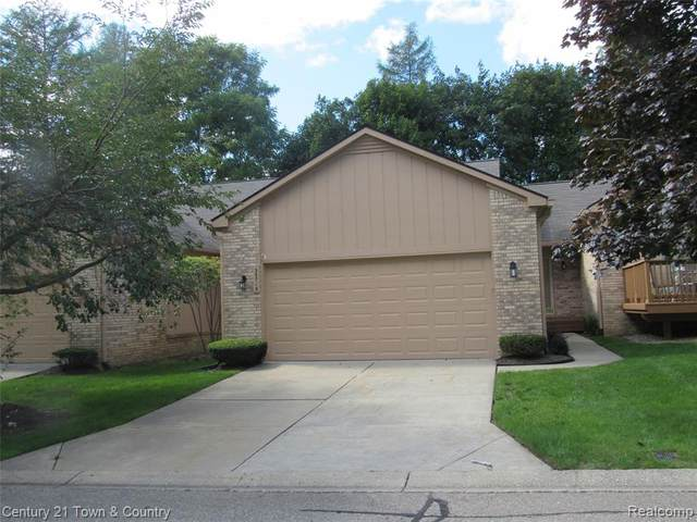 35715 Lone Pine Lane #336, Farmington Hills, MI 48335 (#2200086394) :: Robert E Smith Realty