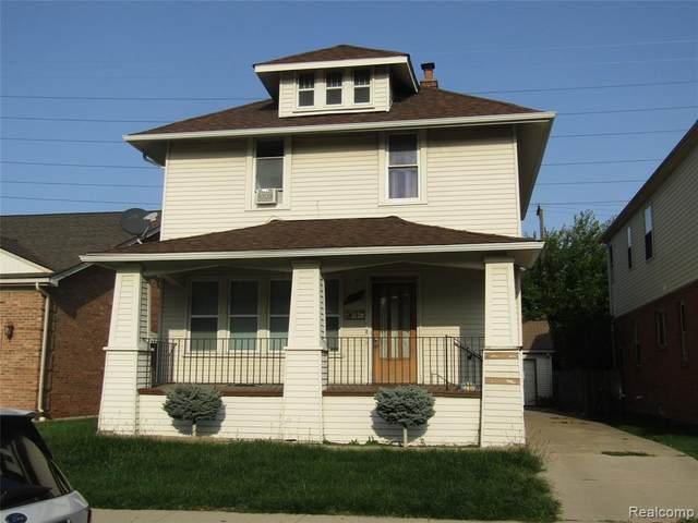 4576 Curtis Street, Dearborn, MI 48126 (#2200086464) :: The Mulvihill Group