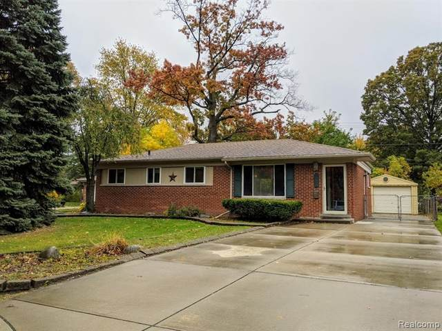 30030 Winthrop Dr, Madison Heights, MI 48071 (#2200086773) :: Alan Brown Group