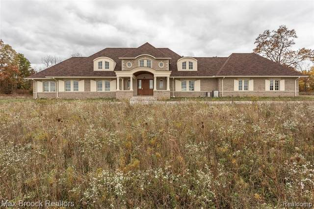 4220 E North Territorial Road, Northfield Twp, MI 48105 (#2200086868) :: Alan Brown Group