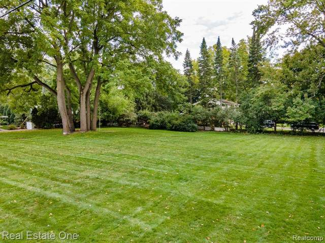 0000 Alden Court, Beverly Hills Vlg, MI 48025 (#2200086921) :: Keller Williams West Bloomfield