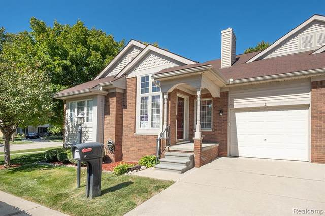 2 Canfield Circle, Dearborn Heights, MI 48127 (#2200086930) :: Alan Brown Group