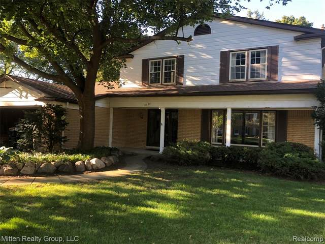 2390 Brabant Street, Orion Twp, MI 48360 (MLS #2200087039) :: The John Wentworth Group