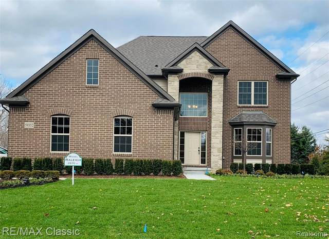 59352 Deer Haven Drive, Lyon Twp, MI 48178 (#2200087121) :: BestMichiganHouses.com