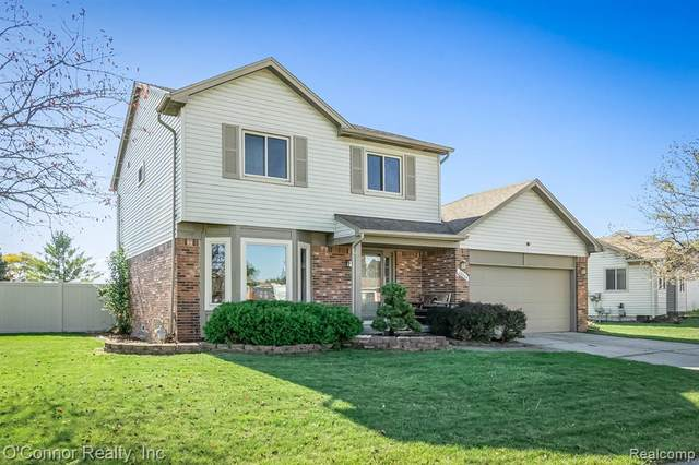 28860 Westwood Drive, Chesterfield Twp, MI 48047 (#2200087144) :: The Merrie Johnson Team