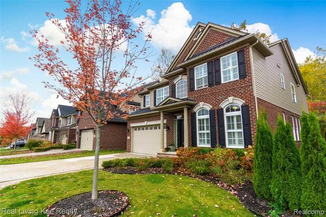 4873 W Stonegate Circle, Orion Twp, MI 48359 (MLS #2200087171) :: The John Wentworth Group