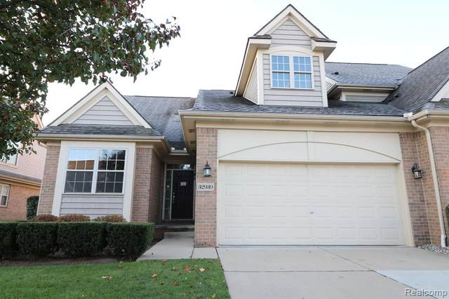 32939 Brookside Circle, Livonia, MI 48152 (#2200087239) :: Duneske Real Estate Advisors