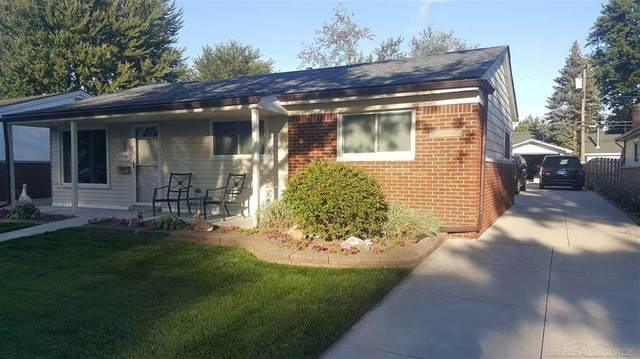 27734 Roy, Saint Clair Shores, MI 48081 (#58050027022) :: The Merrie Johnson Team