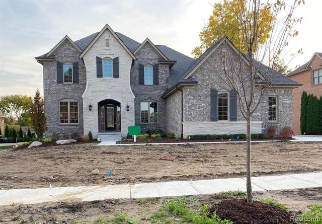 54040 Birchfield Drive W, Shelby Twp, MI 48316 (MLS #2200087592) :: The John Wentworth Group