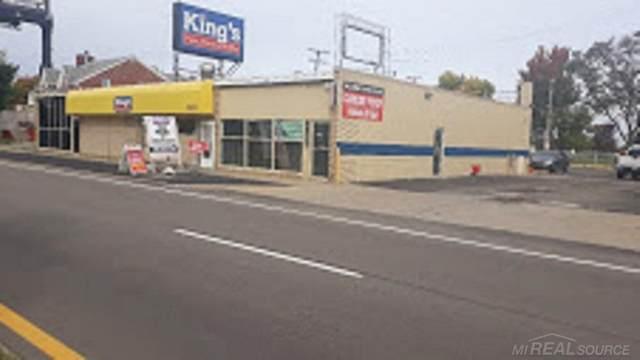16279 11 MILE, Roseville, MI 48066 (#58050027112) :: Keller Williams West Bloomfield