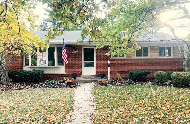 34063 Ann Arbor Trail, Livonia, MI 48150 (MLS #2200088000) :: The John Wentworth Group