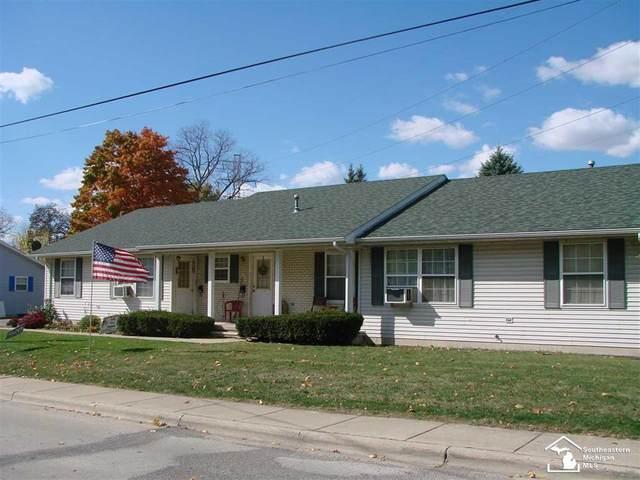 814 & 826 Navarre, Monroe, MI 48161 (MLS #57050027268) :: The John Wentworth Group