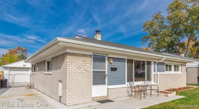 981 E Hudson Avenue, Madison Heights, MI 48071 (#2200088152) :: Alan Brown Group