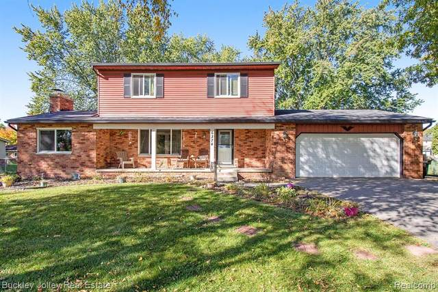6374 Chaparral Drive, Green Oak Twp, MI 48116 (#2200088236) :: The Mulvihill Group