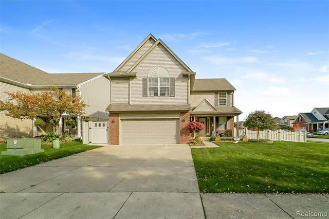 28480 Alden Street, Madison Heights, MI 48071 (#2200088272) :: Alan Brown Group