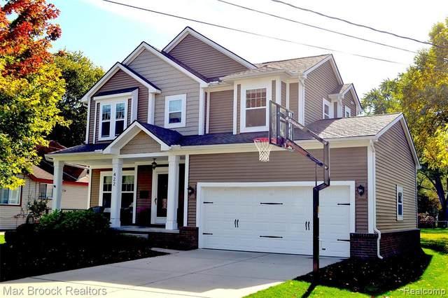 422 Detroit Avenue, Royal Oak, MI 48073 (#2200088402) :: Alan Brown Group