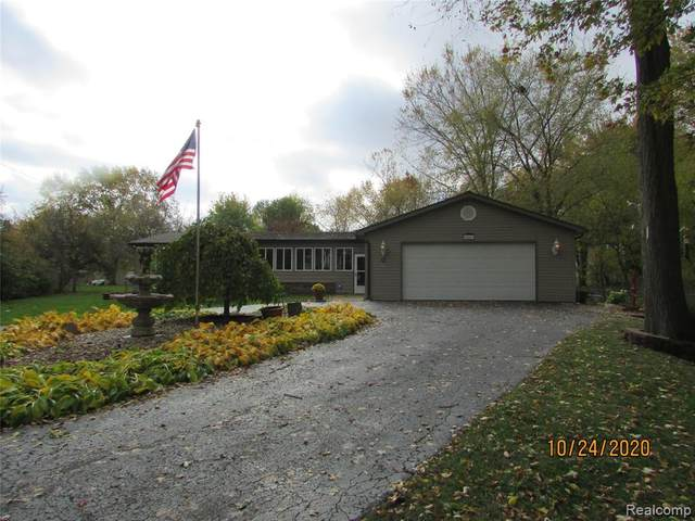 4486 Lapeer Road, Burton, MI 48509 (#2200088404) :: BestMichiganHouses.com