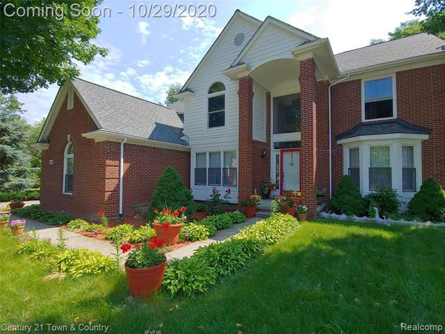 39405 Windsome Drive, Northville Twp, MI 48167 (#2200088548) :: BestMichiganHouses.com
