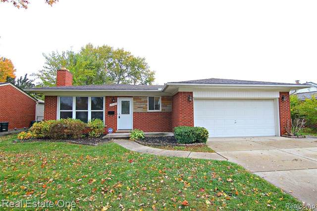 14142 Arden Street, Livonia, MI 48154 (#2200088636) :: BestMichiganHouses.com