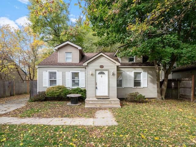 21521 Roosevelt Avenue, Farmington Hills, MI 48336 (#2200088891) :: RE/MAX Nexus