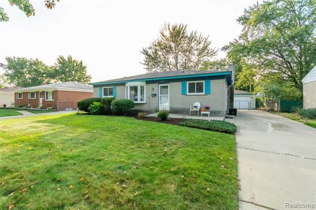 9225 Pere Avenue, Livonia, MI 48150 (#2200088903) :: BestMichiganHouses.com
