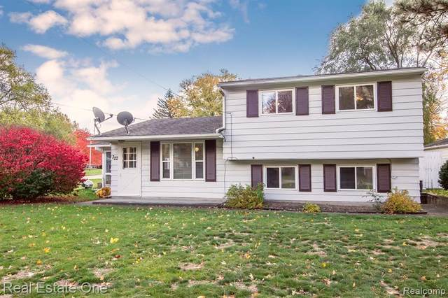 322 Mcfarland Street, Grand Blanc, MI 48439 (MLS #2200088962) :: The John Wentworth Group