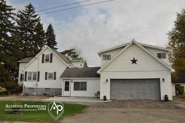4138 Lapeer, Burton, MI 48509 (MLS #5050027562) :: The John Wentworth Group