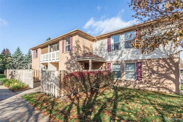 61157 Greenwood Drive #112, South Lyon, MI 48178 (#2200089093) :: Keller Williams West Bloomfield