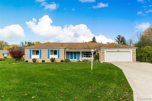 419 Boutell Court, Grand Blanc Twp, MI 48439 (MLS #2200089135) :: The John Wentworth Group