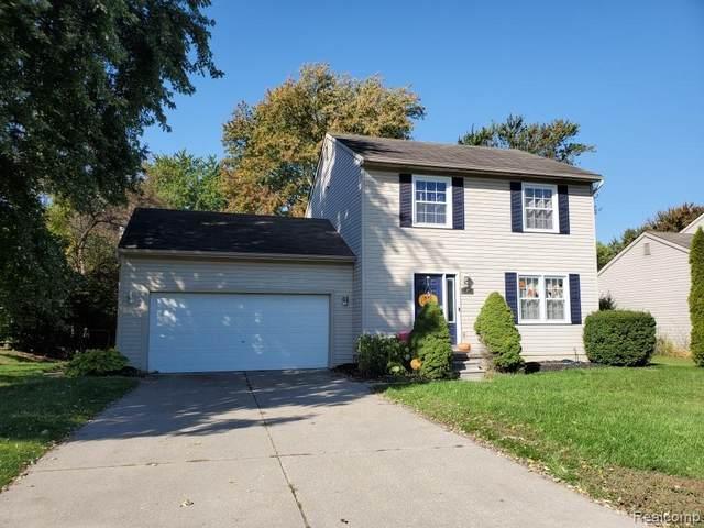15401 Hubbard Street, Livonia, MI 48154 (#2200089256) :: GK Real Estate Team