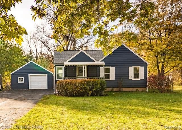 2055 Richwood Road, Auburn Hills, MI 48326 (#2200089374) :: Alan Brown Group